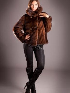online retailer ea071 2ca71 Vendita Pellicce online. Pellicce da donna ecologiche