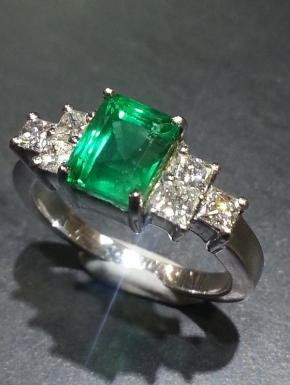 ring emeralds and princess