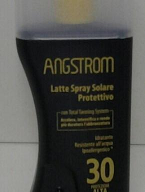 latte spray 30+